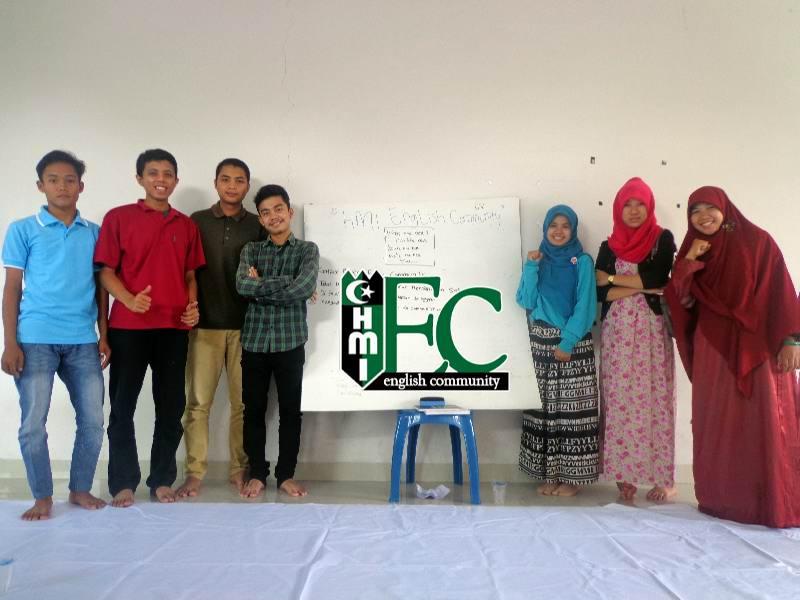 Foto bersama mentor dan peserta