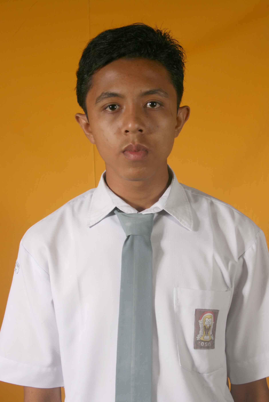 Pas photo SMA - Adhitya Fernando