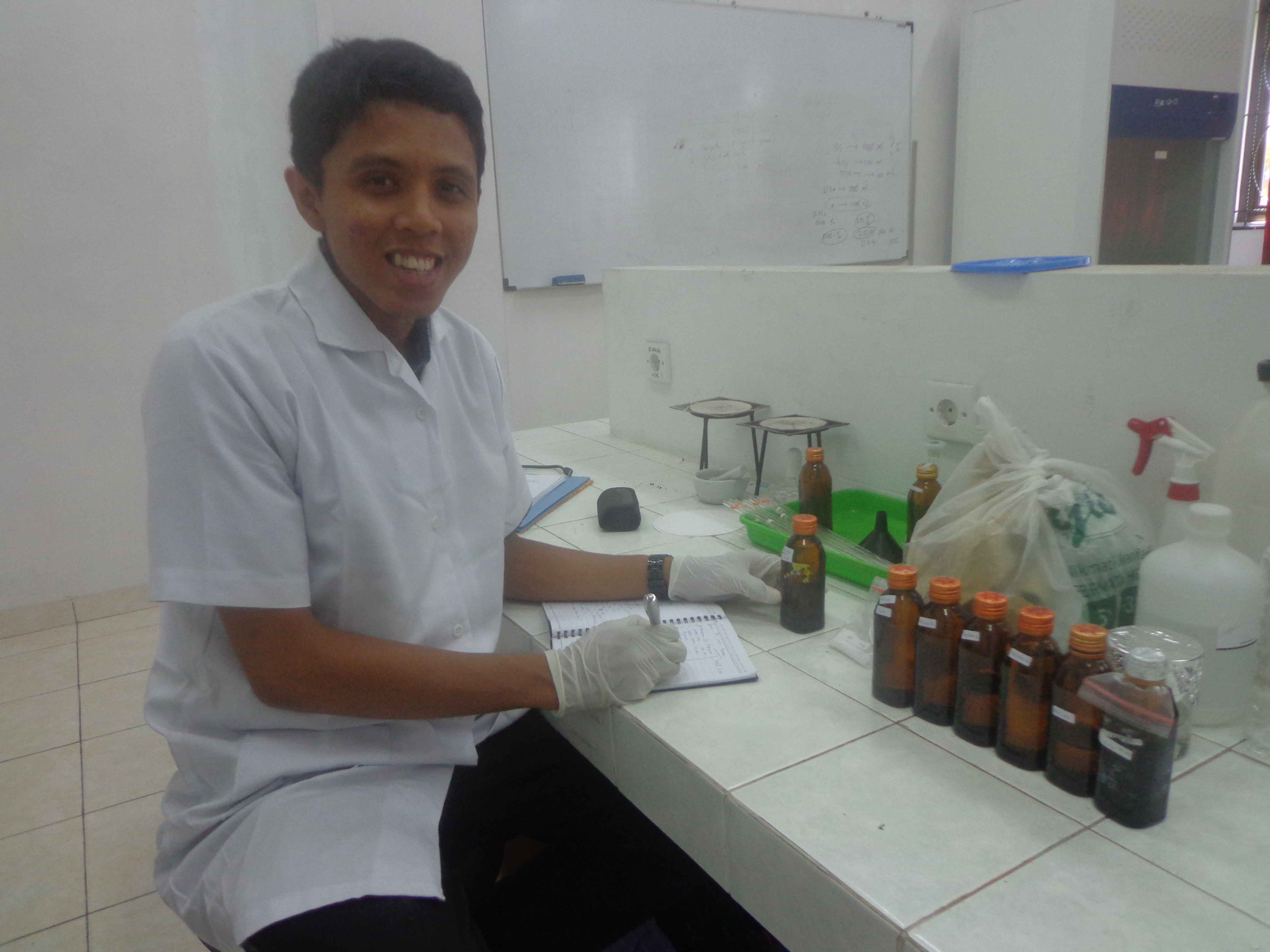 Penelitian di laboratorium