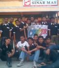 Adhitya bersama teman-temannya di Cruzer