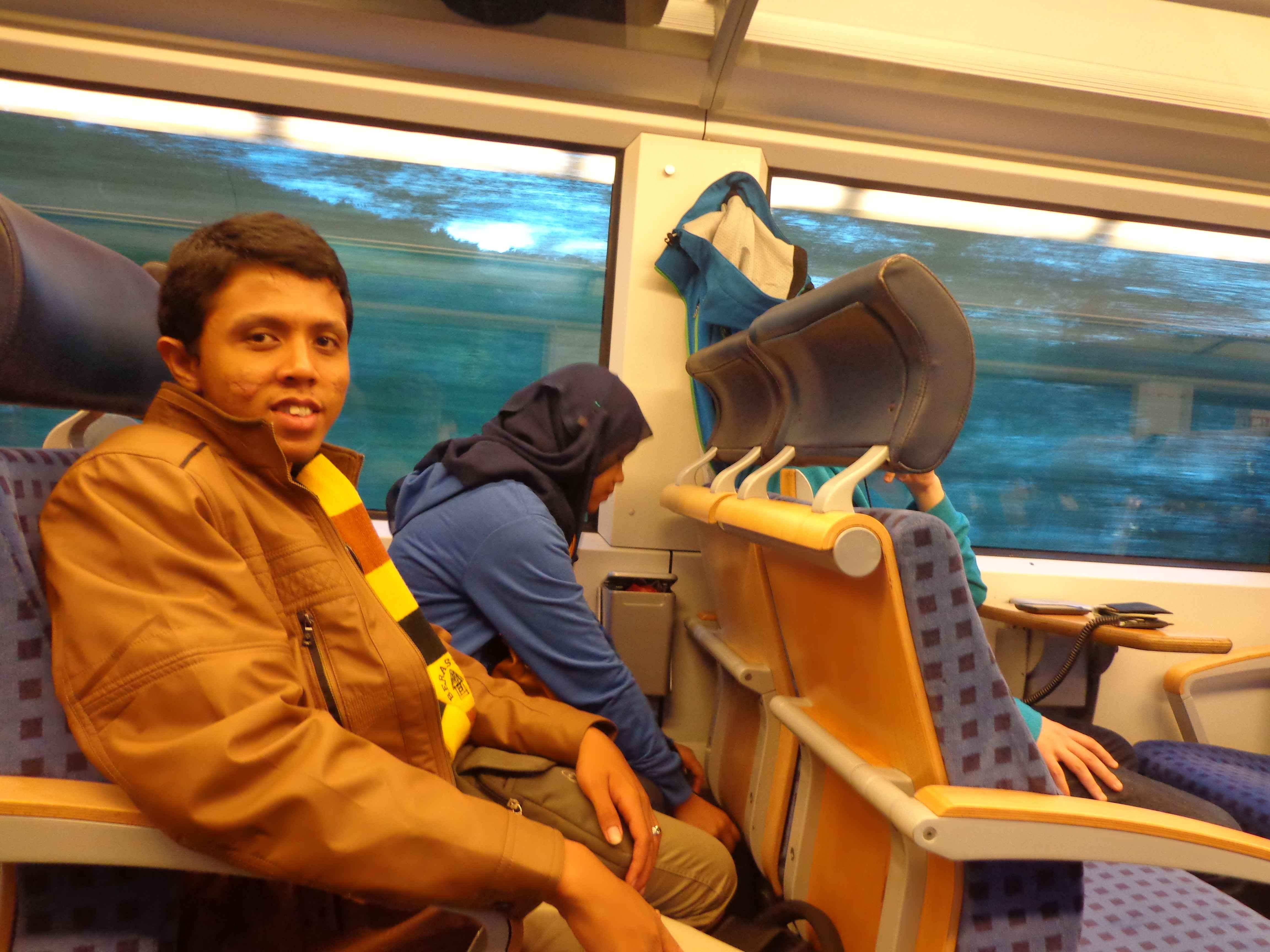 Ilustrasi: Foto ini di dalam kereta di Jerman