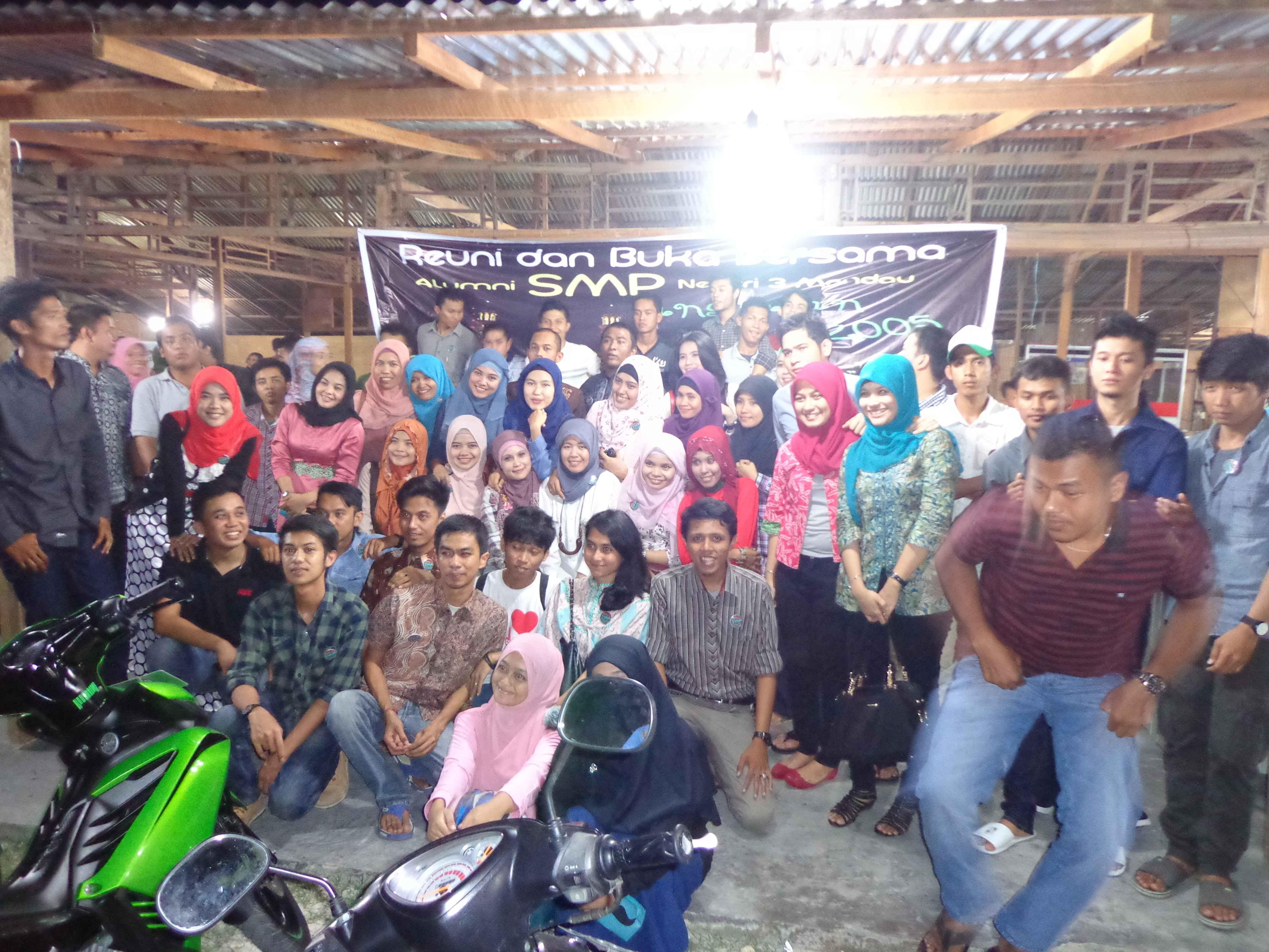 Buka bersama alumni 2005 SMP N 3 Mandau tahun 2013