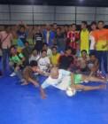 Adhitya saat bermain futsal bersama UKK/UKM UIN Suska