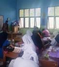 Adhitya saat mengajar di Mamberti Pekanbaru