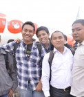 Adhitya saat berangkat ke Batam bersama teman-teman HMI