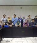 Adhitya bersama teman–teman YIB di penutupan pelatihan